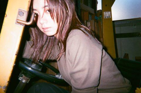 【池田エライザ】AVより抜けるGカップ巨乳おっぱいのエロ画像をご堪能くださいwwww(GIFあり)・14枚目