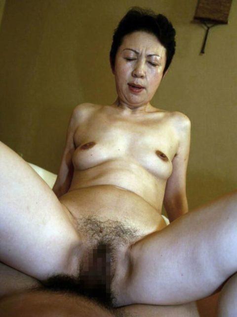 【六十路】人生の2/3を終えた女のエロ画像。これはキツイ・・・(34枚)・21枚目