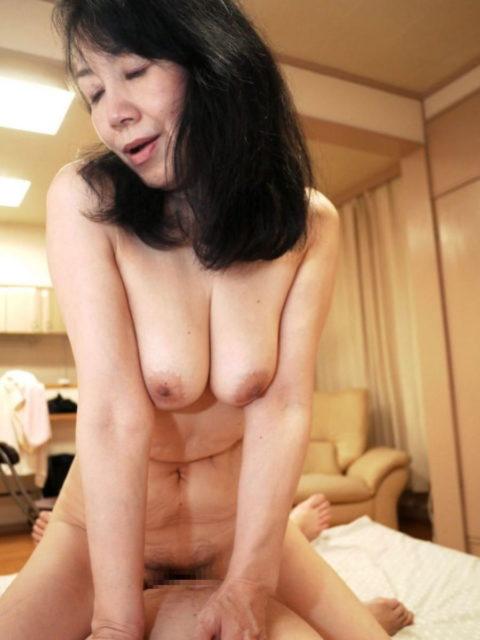 【六十路】人生の2/3を終えた女のエロ画像。これはキツイ・・・(34枚)・7枚目
