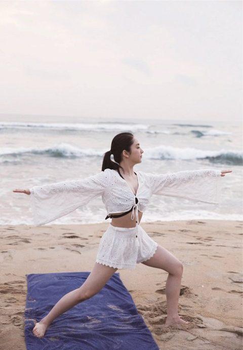 【平祐奈】姉は平愛理で実は巨乳という20歳の逸材をご覧ください(82枚)・25枚目