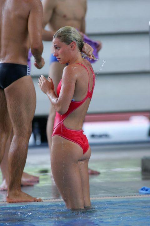 【競泳水着】海外少女たちのプールの時間、このスタイルは反則やろぉ・・・(画像38枚)・30枚目