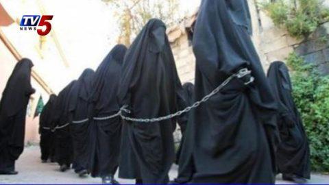 【画像】性奴隷にされてしまった海外の女性たちを撮影した画像集。・4枚目