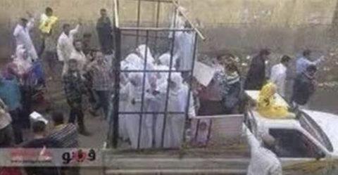 【画像】性奴隷にされてしまった海外の女性たちを撮影した画像集。・8枚目