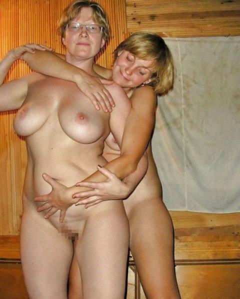 全裸を晒した素人親子のエロ画像を見た結果。ガチで体つきも似るんやなぁwwwwwww(33枚)・10枚目