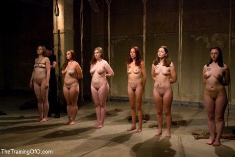 """ガチで存在する""""性奴隷""""ってこんな感じなん?本物やったらキツイわ。。(画像あり)・13枚目"""