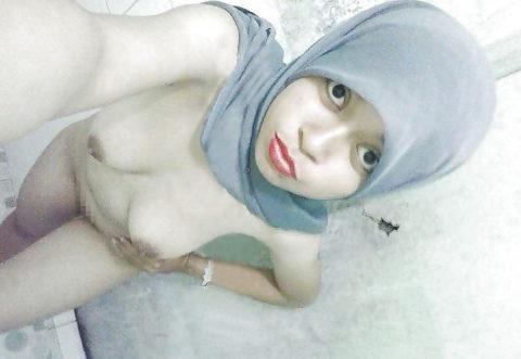 【神ボディー】想像以上のエロい身体のイスラム美女のエロ画像集。38枚・13枚目