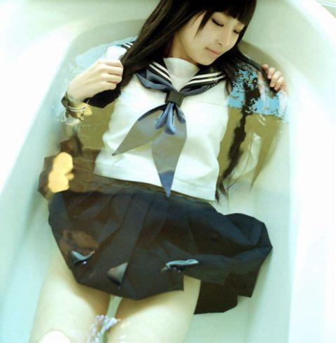 服を着たまま入浴する女さん、透け乳で逆に男を興奮させる・・・(画像あり)・21枚目
