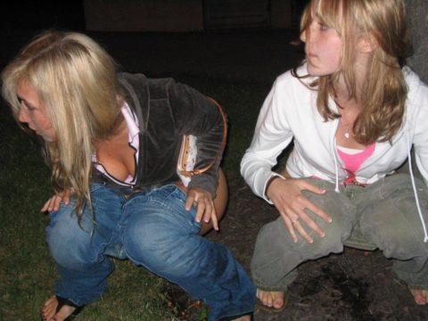 【素人】女の子同士の「連れション」男友達に撮影され晒される。。(画像あり)・26枚目