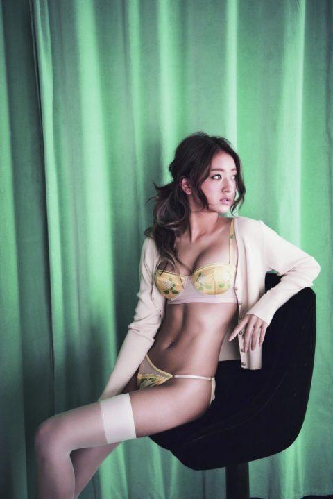 みちょぱ(池田美優)とかいう日本を代表するギャルタレのエロ画像まとめ。(35枚)・32枚目