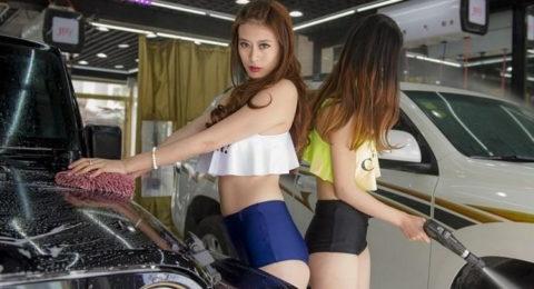 中国まんさん、欧米のマネをして「水着で洗車してみた!」がくっそエロかったwwwww(38枚)・36枚目