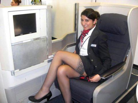 現役CAまんさん、搭乗前に悪ノリして撮影した写真。。ただのビッチで草wwwww(画像あり)・1枚目
