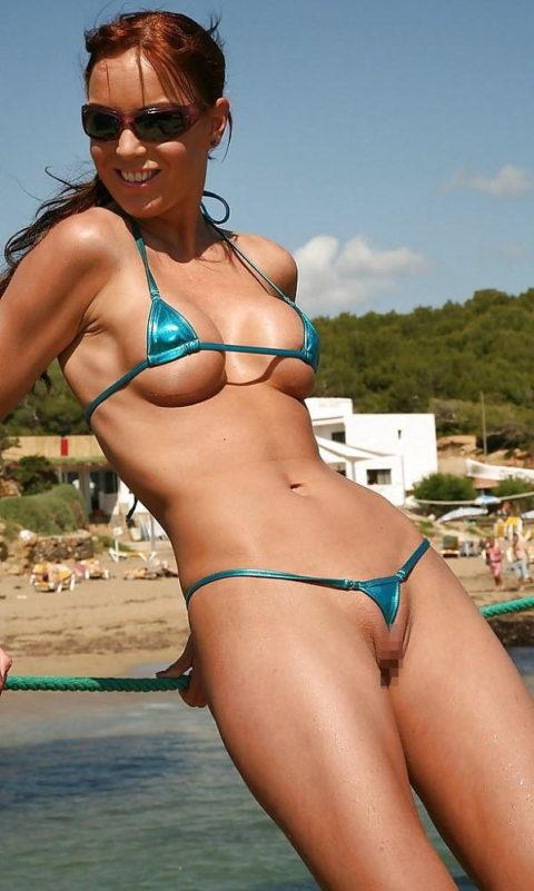 「マイクロビキニ」とかいう水着、98%裸でワロタwwwwwww(画像あり)・10枚目