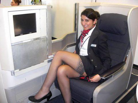 現役CAまんさん、搭乗前に悪ノリして撮影した写真。。ただのビッチで草wwwww(画像あり)・11枚目