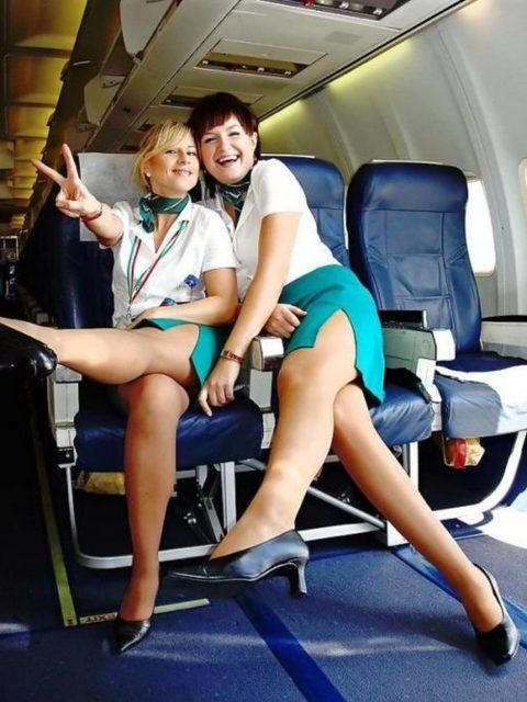 現役CAまんさん、搭乗前に悪ノリして撮影した写真。。ただのビッチで草wwwww(画像あり)・13枚目