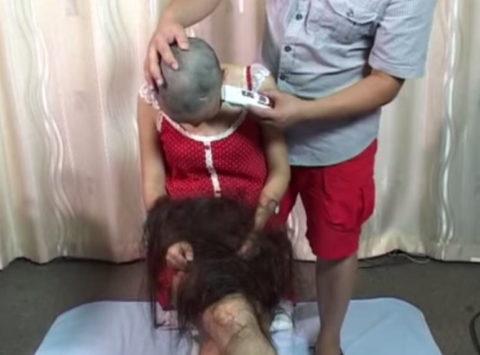 AV女優さんが丸坊主され頭にザーメンぶっかけられる…引退寸前はコレですwwww(画像あり)・14枚目