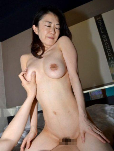 【エッチ画像】だらしない体した豊満熟女の放漫なセックス画像集(76枚)・41枚目