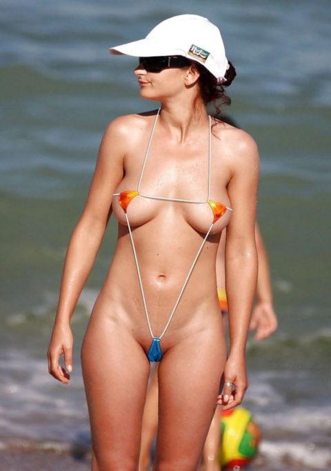 「マイクロビキニ」とかいう水着、98%裸でワロタwwwwwww(画像あり)・5枚目