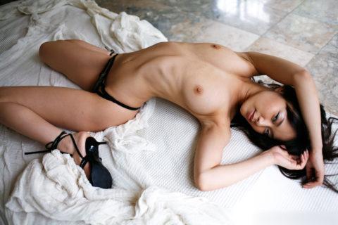 """""""肋骨""""が浮き出る超スレンダー女子のエロすぎボディーをご覧ください。(29枚)・7枚目"""