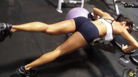【SNS】トレーニング中の光景をうpする女さん、男しかフォロワーおらんやろwwwwww(画像あり)・12枚目