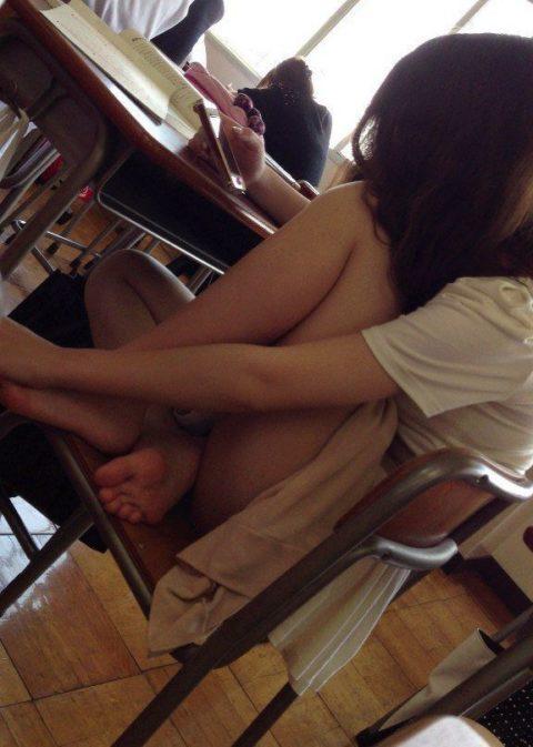 """ロシアの学校で撮影された""""女子生徒""""もう身体がエチエチすぎwwwwww(画像あり)・15枚目"""