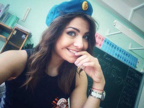 【女教師】高校や大学ならレイプされそうなロシアの先生たち。エロすぎwwwww・37枚目