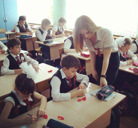 【女教師】高校や大学ならレイプされそうなロシアの先生たち。エロすぎwwwww・39枚目