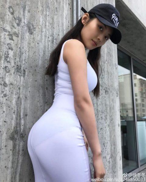 """【着衣巨乳】整形大国の韓国女さん、街中で撮影された""""おっぱい""""がこれwwwww・23枚目"""