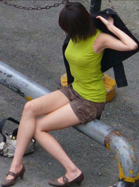 """【着衣巨乳】整形大国の韓国女さん、街中で撮影された""""おっぱい""""がこれwwwww・3枚目"""