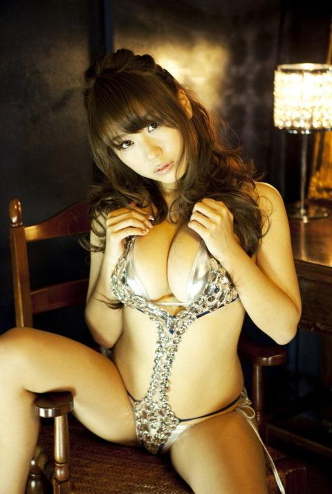 【西田麻衣】おっぱいが「4つある」と言われる女さんがコチラ。まぁ確かにwwwww(画像あり)・15枚目