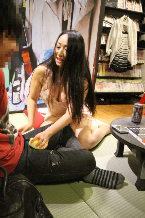 セクシー女優の「ヤリマンナイト企画」過剰なファンサービス…これはアカンwwwwww(エロ画像)・22枚目