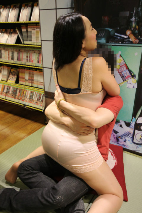 セクシー女優の「ヤリマンナイト企画」過剰なファンサービス…これはアカンwwwwww(エロ画像)・27枚目