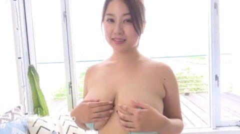 【西田麻衣】おっぱいが「4つある」と言われる女さんがコチラ。まぁ確かにwwwww(画像あり)・5枚目