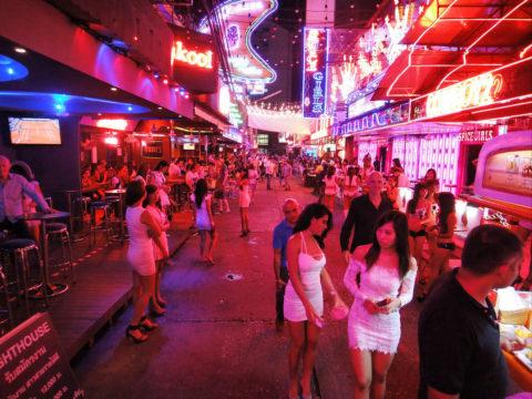 韓国の歓楽街の実態を撮影した結果。スケベ商店街やんけwwwwww(画像あり)・7枚目