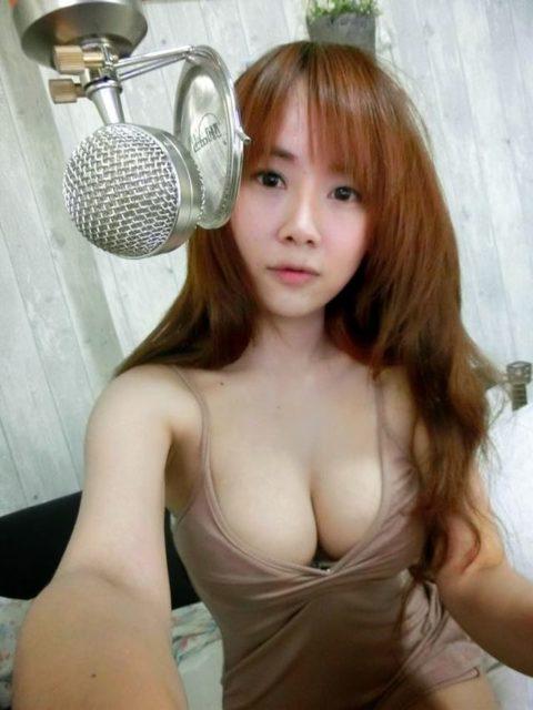 【エロ画像】台湾のS級美女が自撮り画像をうpした結果。フォロワー爆増えwwwwww・3枚目