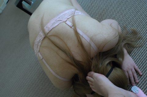 【調教エロ】顔面を足で踏み付けられ興奮する女さんがこちら・・・(エロ画像)・20枚目