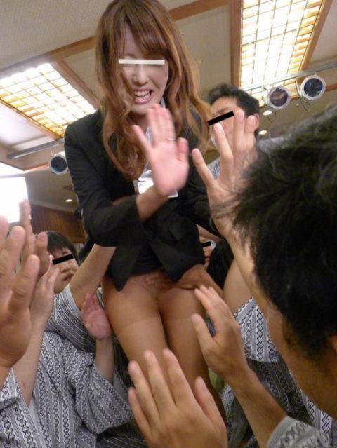 【エロ画像】何してもおkっていう風潮があるピンクコンパニオンのお仕事。。(33枚)・27枚目