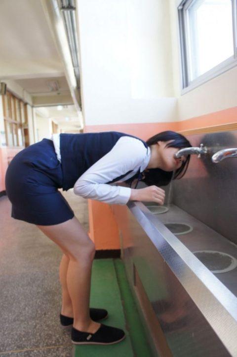 【エロ画像】韓国女子高生の制服…娼婦でエロいと話題にwwwwwww(34枚)・27枚目