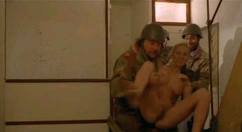 【海外】女子刑務所の実態を撮影した画像。ただの性的虐待の現場だった・・・(画像あり)・3枚目