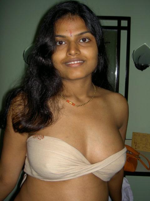 """レイプ大国インドの""""売春婦""""の身体がマジでセックス仕様やったwwwwww(エロ画像)・31枚目"""