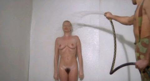【海外】女子刑務所の実態を撮影した画像。ただの性的虐待の現場だった・・・(画像あり)・4枚目