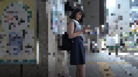 【ガチ盗撮】狙われた女の子、手マン&盗撮されネットで販売される・・・(動画)・1枚目