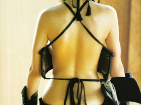 【エロ画像】巨乳剣道女子さん、道着を脱いだらこうなります。。汗ヤバそうwwwww
