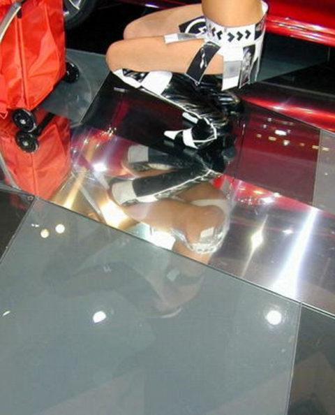 【エロ画像】イベントコンパニオンのカメラ小僧。マンコの撮影に成功するwwwwww・13枚目
