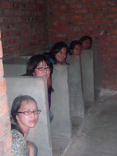 【盗撮】中国の「女子トイレ」が盗撮の宝庫だと話題に。。これはヒドイ・30枚目
