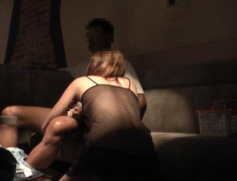 【盗撮エロ】ピンサロを盗撮した犯人が晒した映像がこれ…。(画像あり)・30枚目