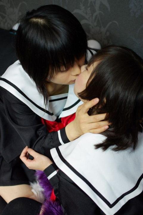 【エロ画像】清楚な女の子、制服でレズプレイしてるんだが…(エロ画像29枚)・8枚目