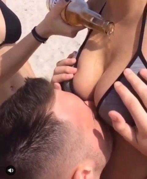 【エロ画像】挑戦シリーズの「おっぱいビール」これはイイわぁーwwwwww・3枚目