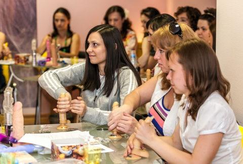 【ロシア エロ】ガチで存在する「フェラチオ教室」授業内容がこれ。サイコーwwwww・10枚目