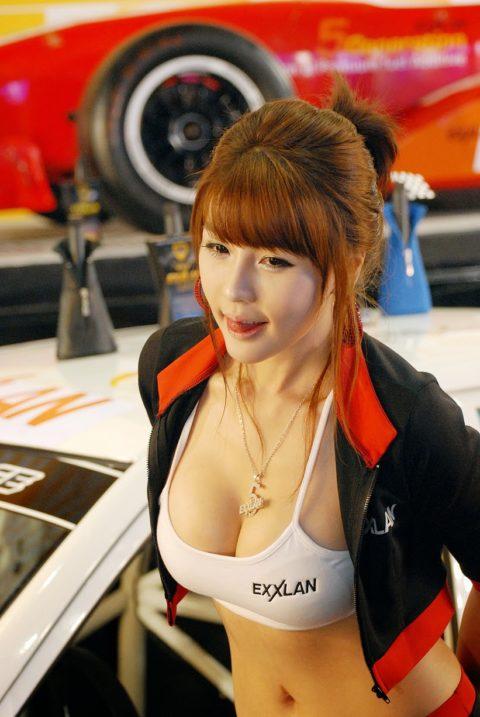 韓国の超絶美人なキャンギャルさん、顔も身体も最強レベルやった(エロ画像38枚)・12枚目
