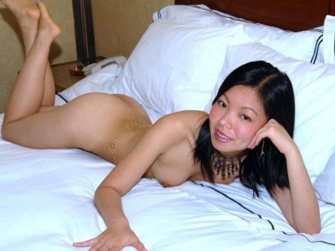 【売春婦】東南アジアの売春に行ったワイ、女を撮ったから晒す。感染怖くないか??・12枚目